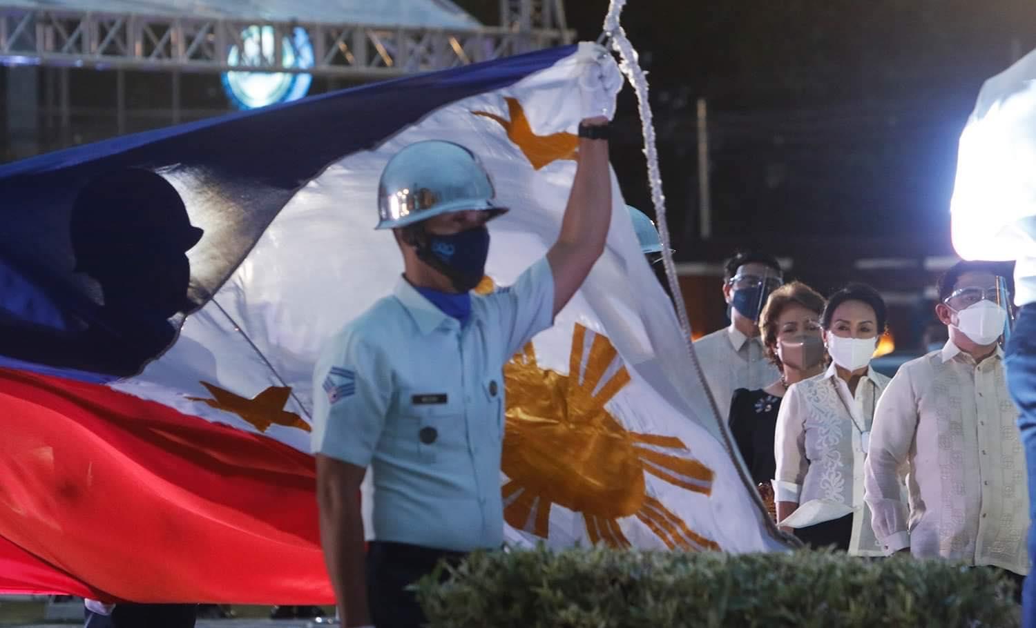 PH flag at Liberty Shrine starts 500th anniv of Victory at Mactan